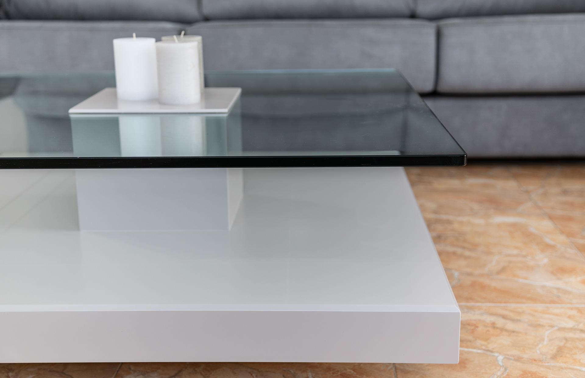 mesa centro lacada