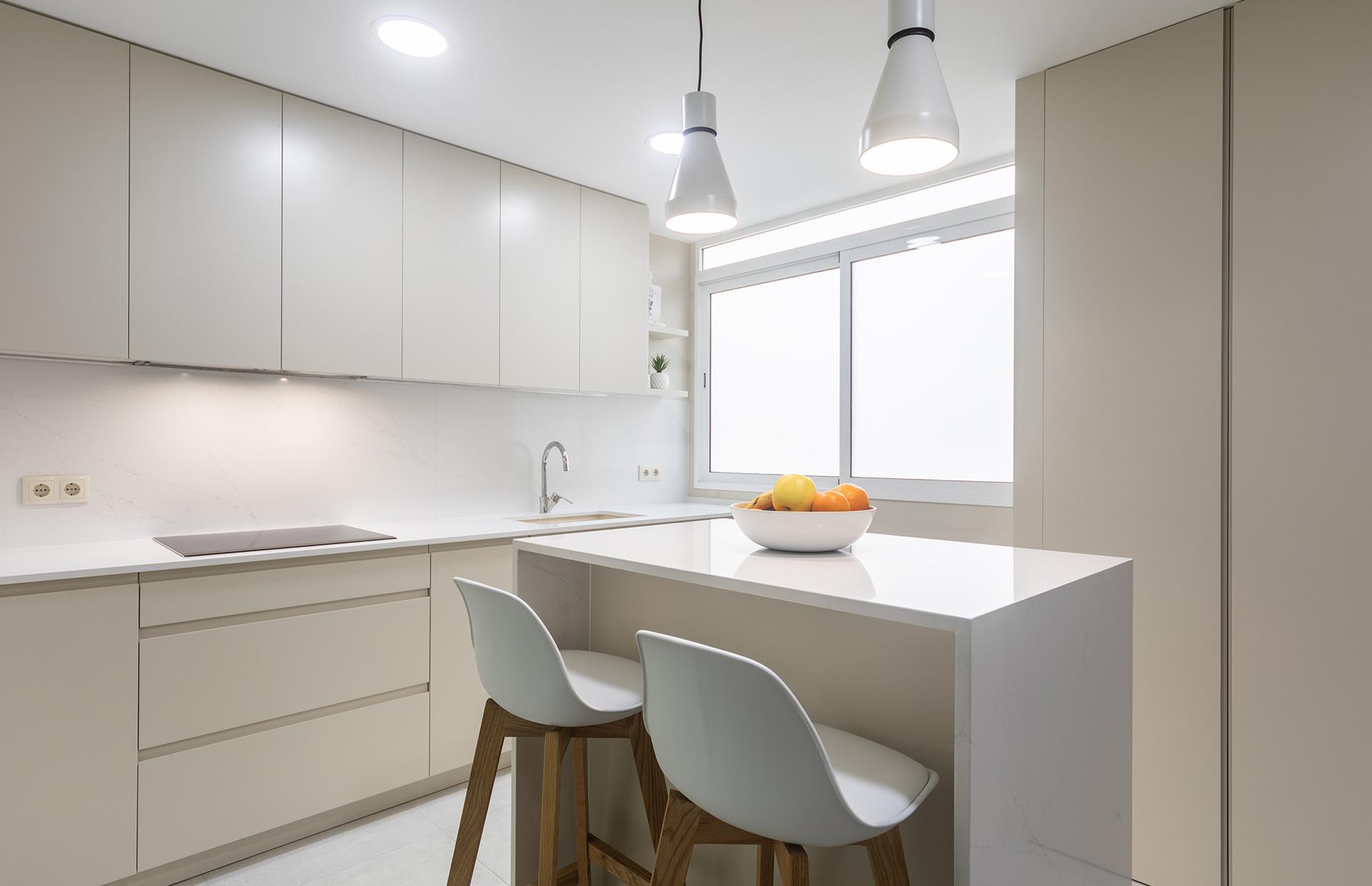 mobiliario de cocina lacado
